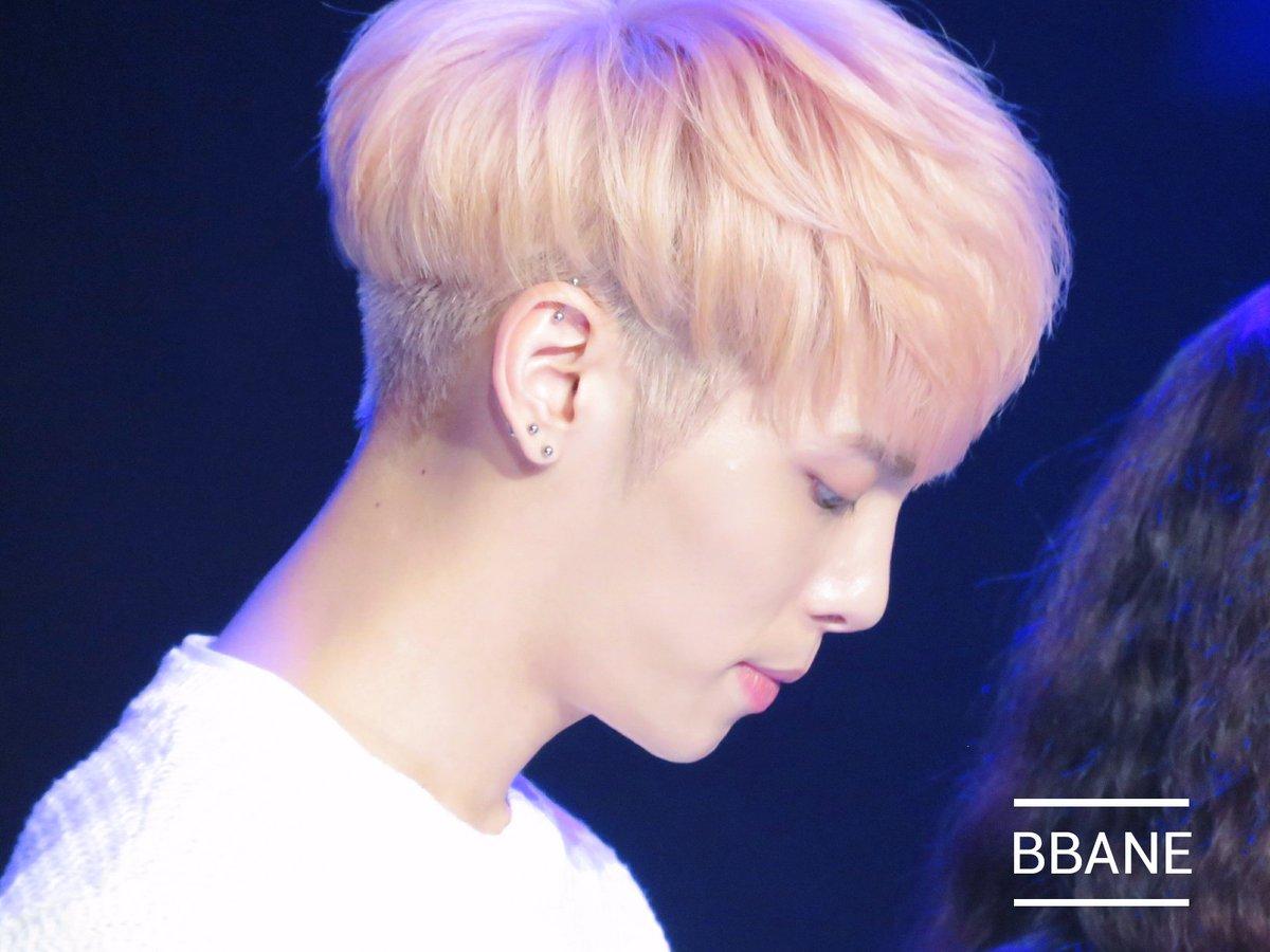 160426 Jonghyun @ MBC Live Concert - Blue Night Cg-yHoRUoAA1VWW