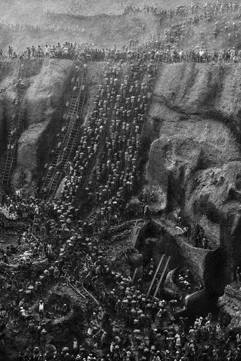The Hell of Serra Pelada mines, a large gold mine in Brazil, circa 1986. Photograph by Sebastião Salgado.