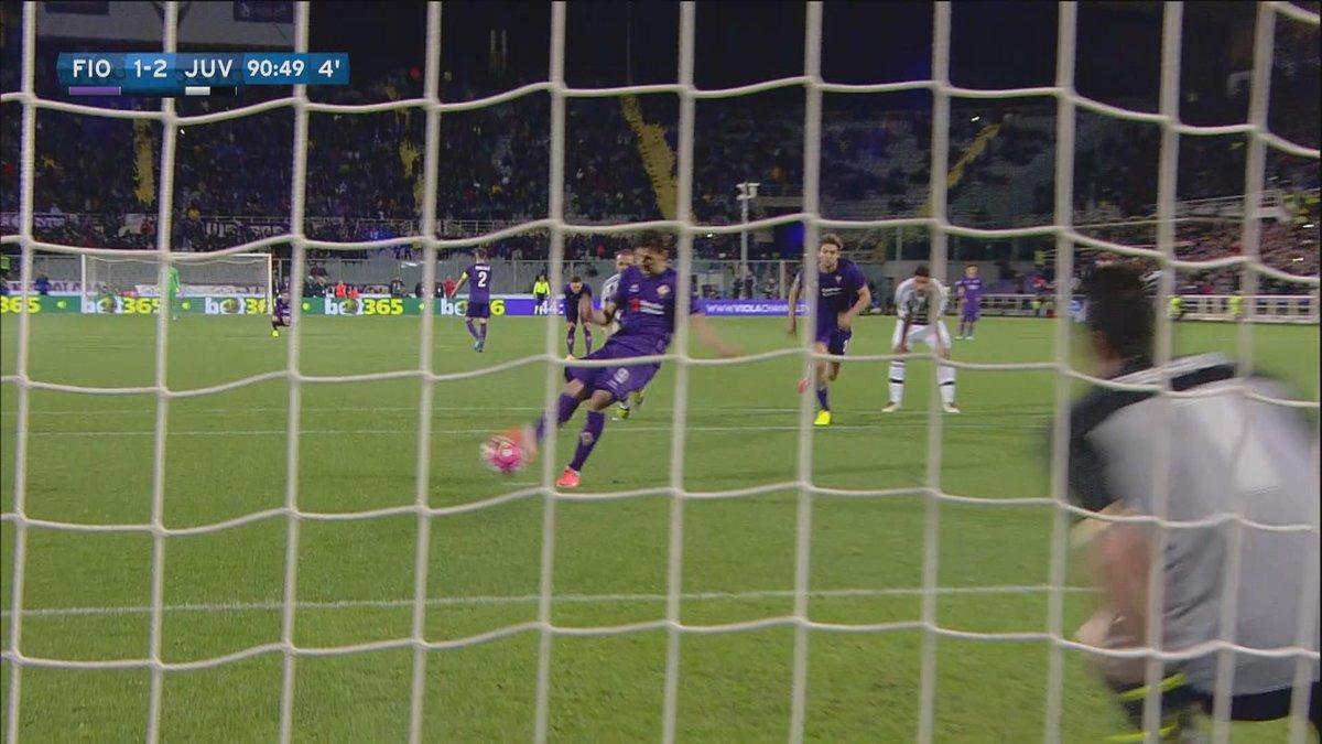 Fiorentina Juventus 1-2, Buffon para un rigore al 90', Festa Scudetto contro il Carpi