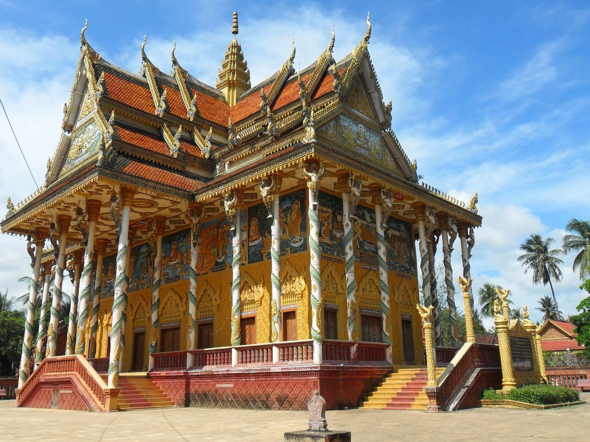 #Cambodia's #Battambang is home to gorgeous temples, as well as a great circus and the famous #BambooTrain. #Travel https://t.co/rQuYxwJtKl