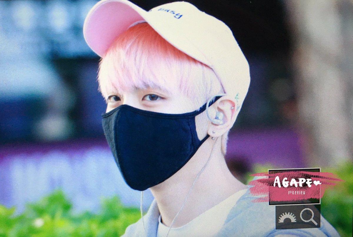 160425 Jonghyun @ Aeropuerto de Incheon {Llegada a Corea} Cg4EKphUgAAOWnN