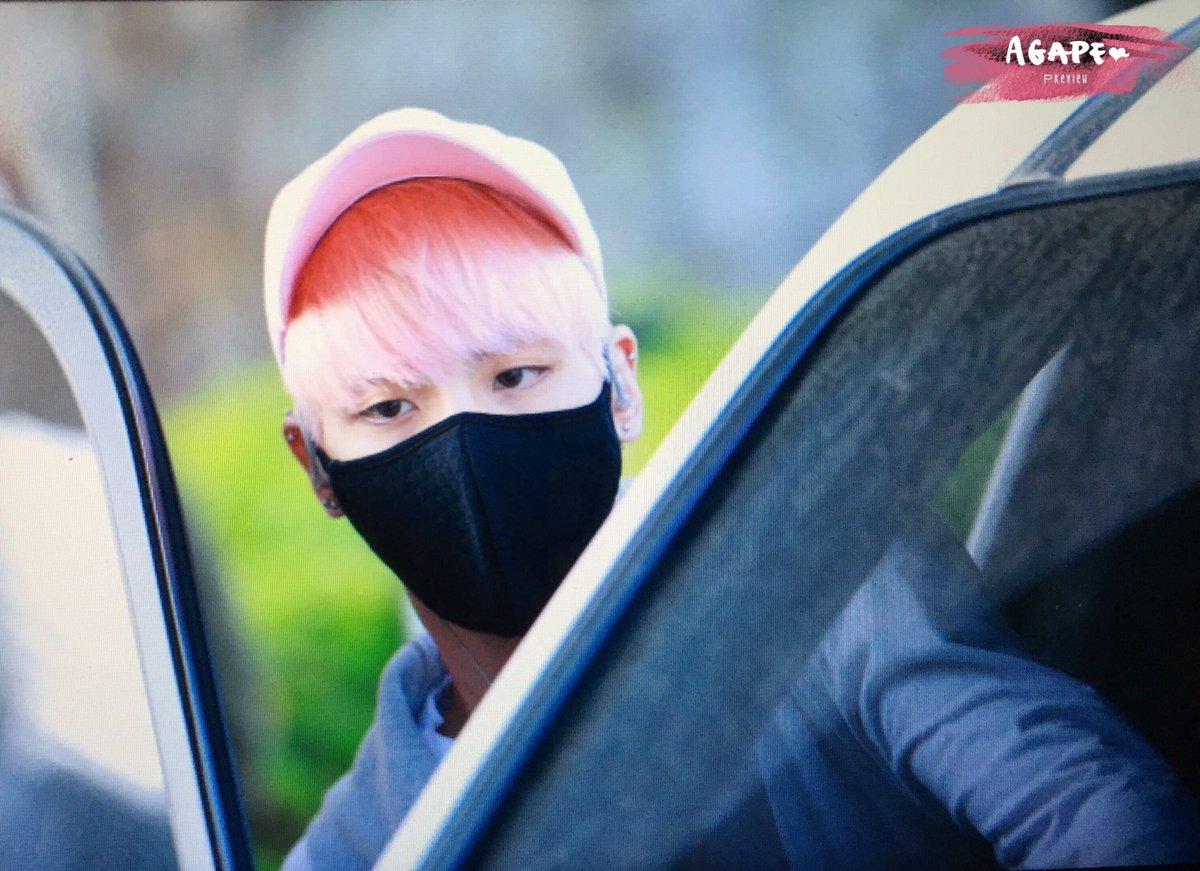 160425 Jonghyun @ Aeropuerto de Incheon {Llegada a Corea} Cg4EKqlUUAAJz81