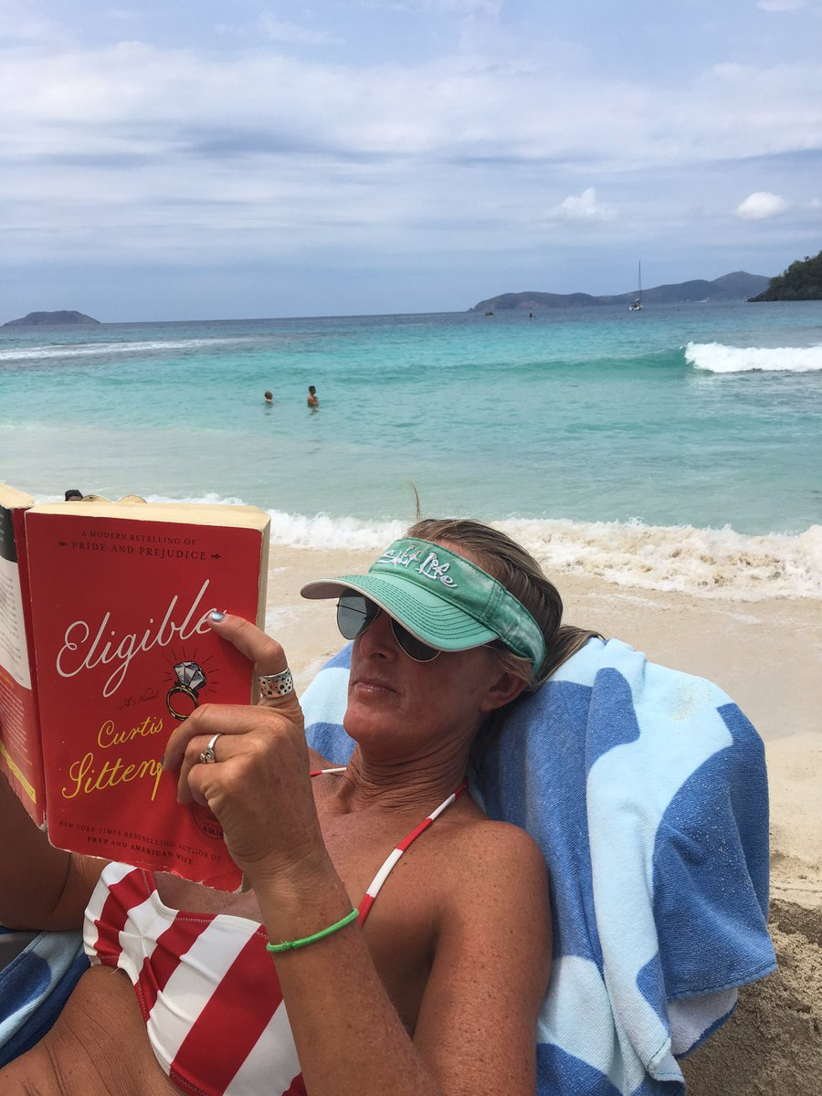 What EH reads at the beach: ELIGIBLE by @csittenfeld I will randomly select a retweet to receive free copy! https://t.co/6Yl6JAgsei