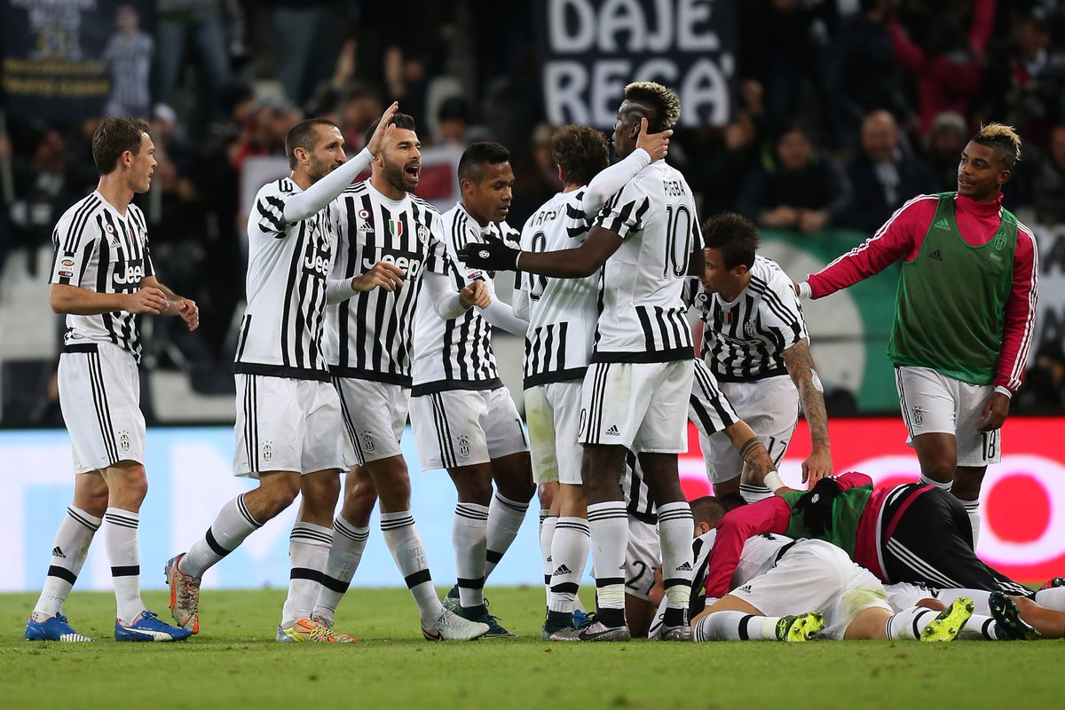5 - Juventus are the first team to win 5 league title in a row for the second time in Serie A. Queen. https://t.co/UwTXf6y6Yu