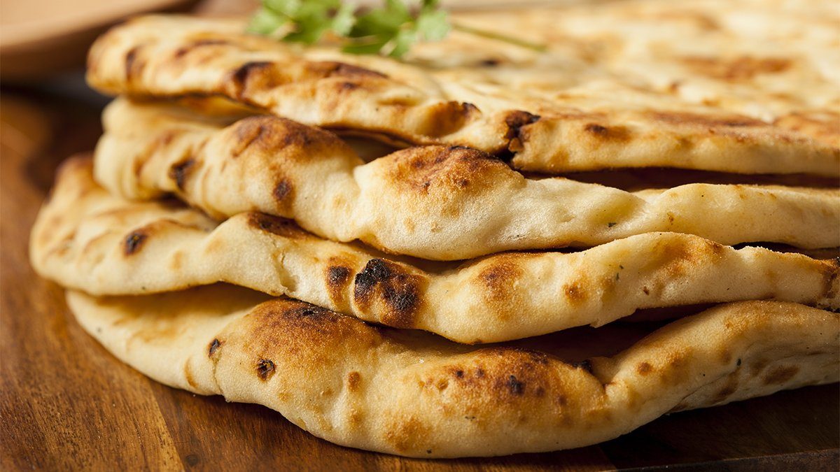 ♫ Woah here she comes, she's a naan eater ♫  RT and Like by 5pm, could win you £25 voucher this #TakeawayTuesday https://t.co/gYtt9zoAPx