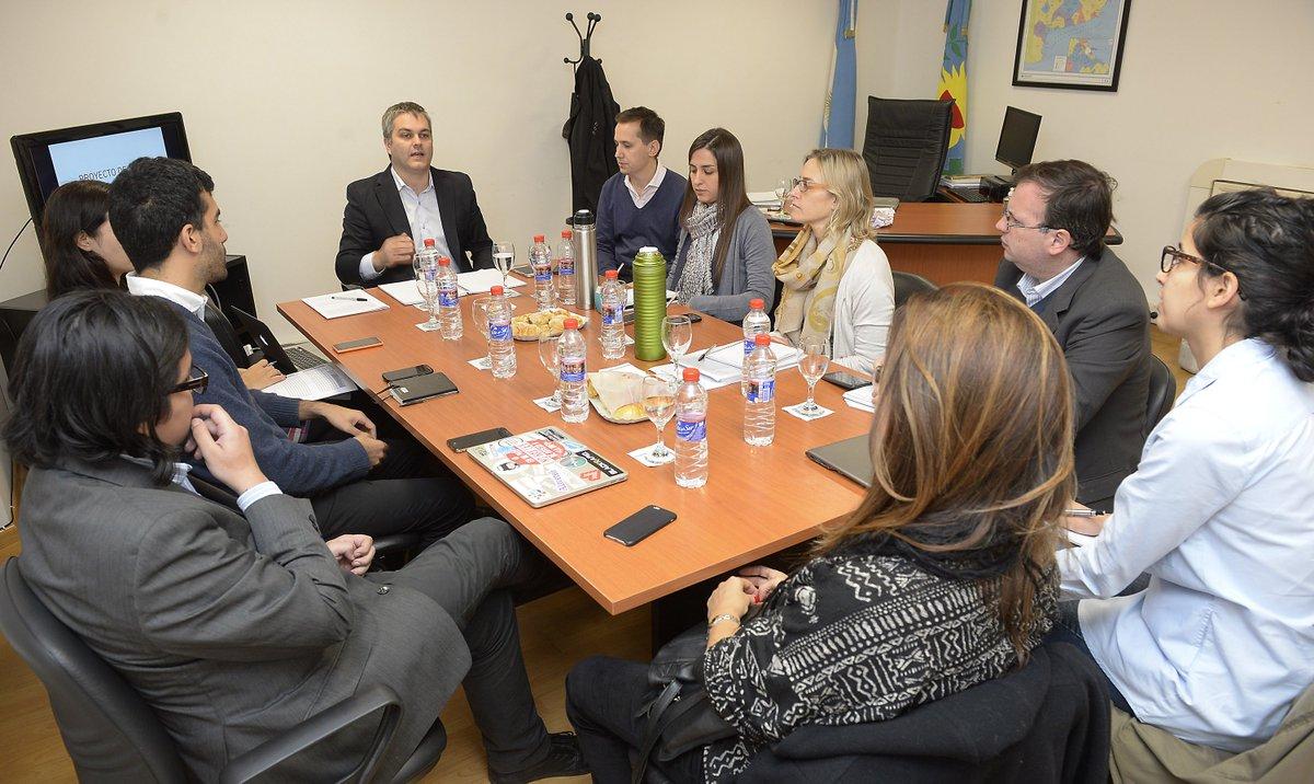 En @BAprovincia continuamos con la ronda de reuniones para dialogar s/ el proyecto de Ley de #Accesoalainfo. #AIP https://t.co/erhWcnqxe1