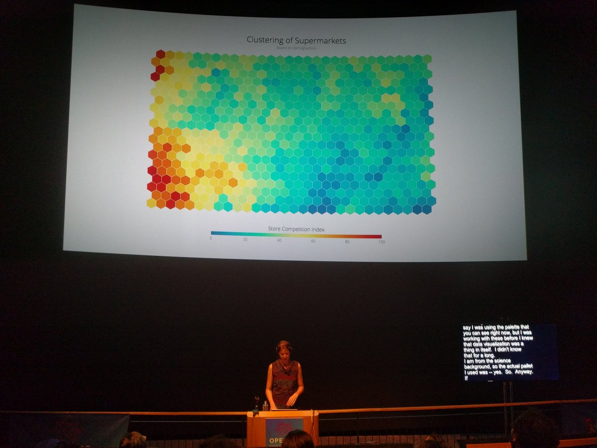 'self organizing maps,  where I found my ♥ for hexagons' @NadiehBremer #openvisconf https://t.co/dWD7bq7kEB