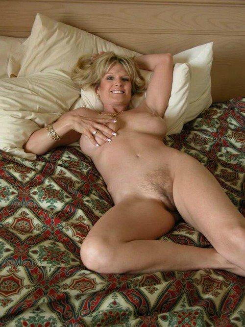 posh totty naked pics
