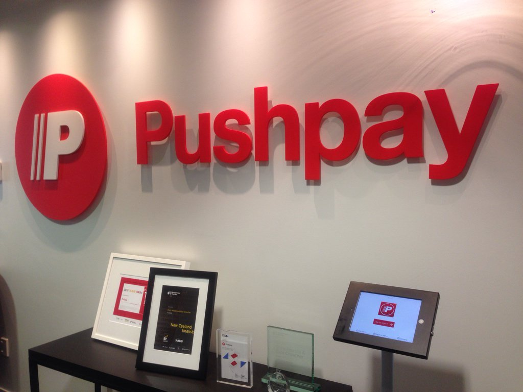 Super excited to announce that I've joined the amazing team @pushpaytech! Yaaaay! https://t.co/iji2BHdnCP