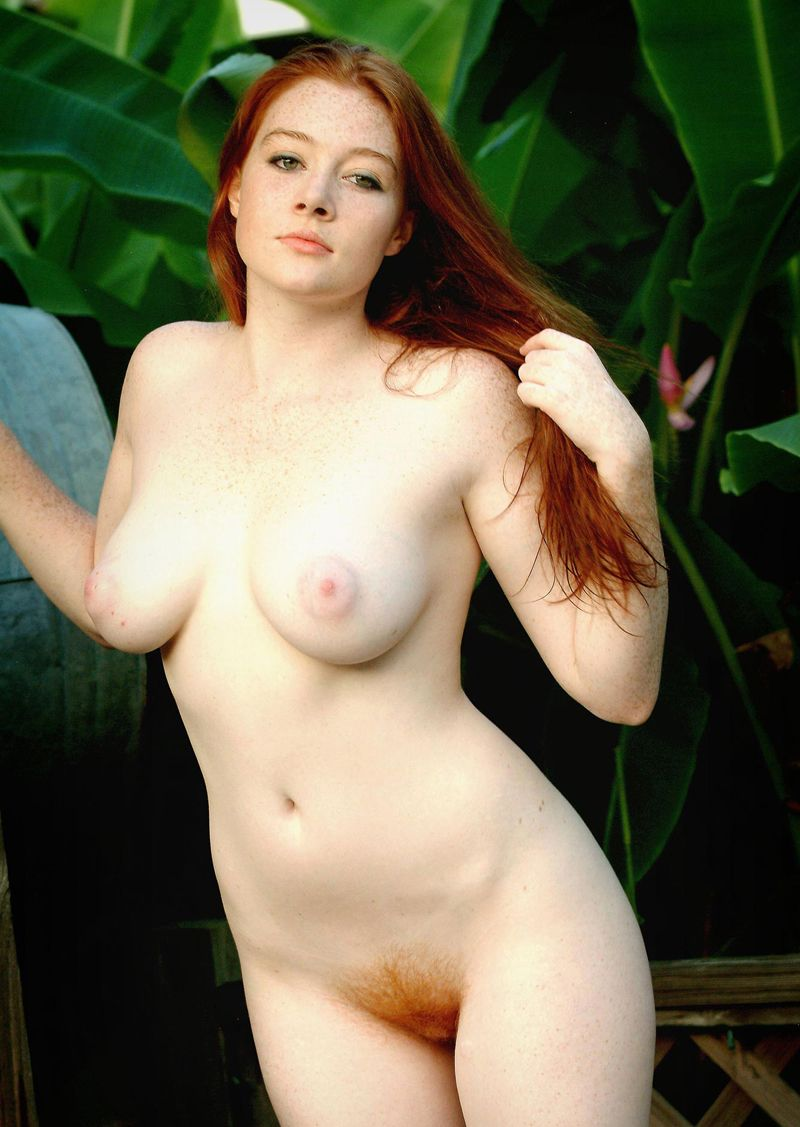 Petite model american irish woman nude photos with