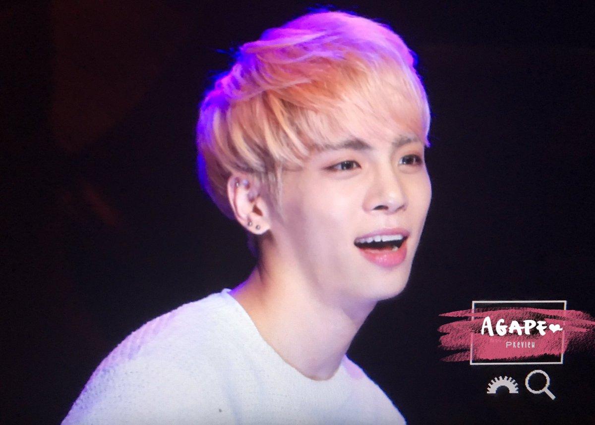 160426 Jonghyun @ MBC Live Concert - Blue Night Cg9-es2W0AUxelB