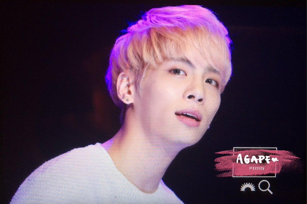160426 Jonghyun @ MBC Live Concert - Blue Night Cg9-esjWgAAhwAv