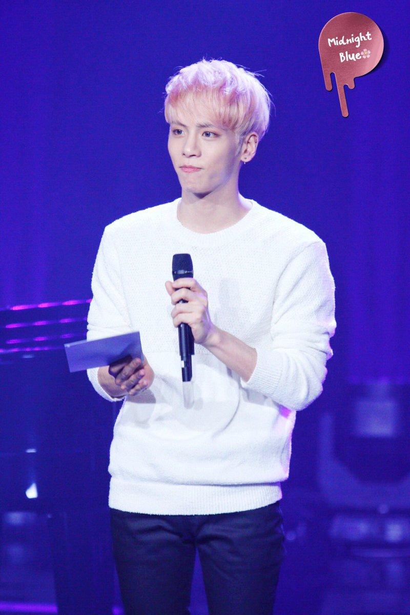 160426 Jonghyun @ MBC Live Concert - Blue Night Cg92K4dWwAAoqT2
