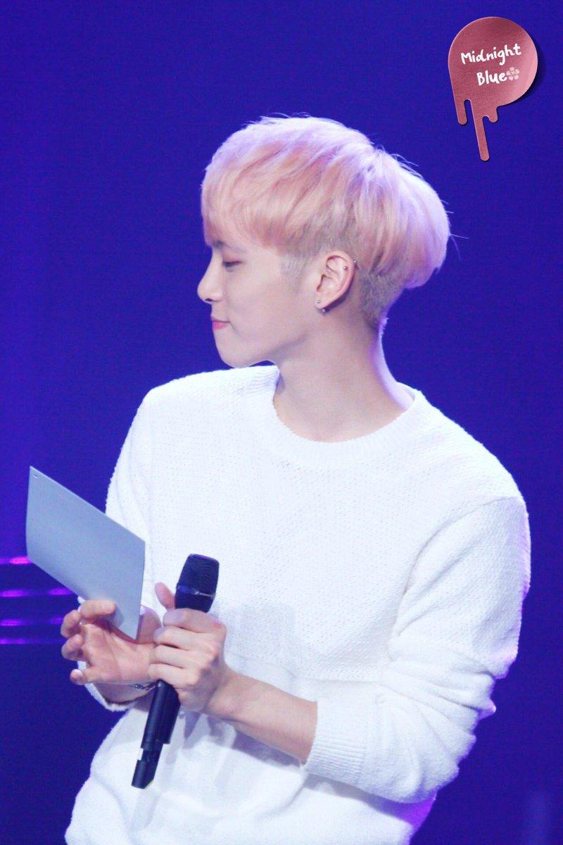 160426 Jonghyun @ MBC Live Concert - Blue Night Cg92K5FWwAABWLD