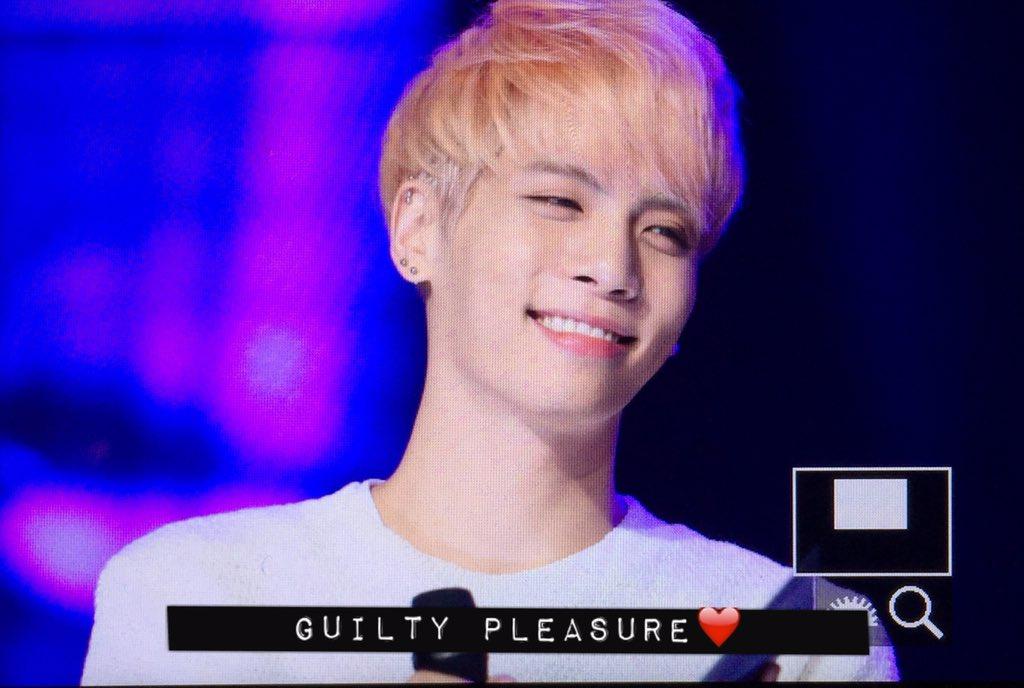 160426 Jonghyun @ MBC Live Concert - Blue Night Cg94FTIWMAAK6AA