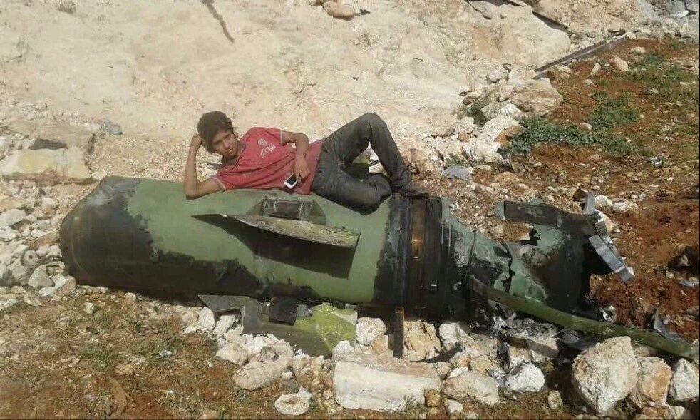 Guerre Civile en Syrie ( LISEZ LE PREMIER POST ! ) - Statut spécial  - - Page 39 Cg9vL_VWgAQkSrq