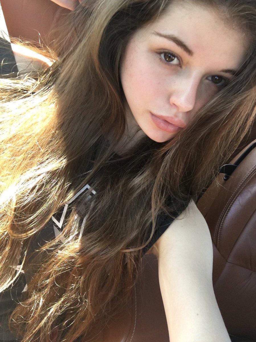 Selfie Ludmila Isabella nude photos 2019