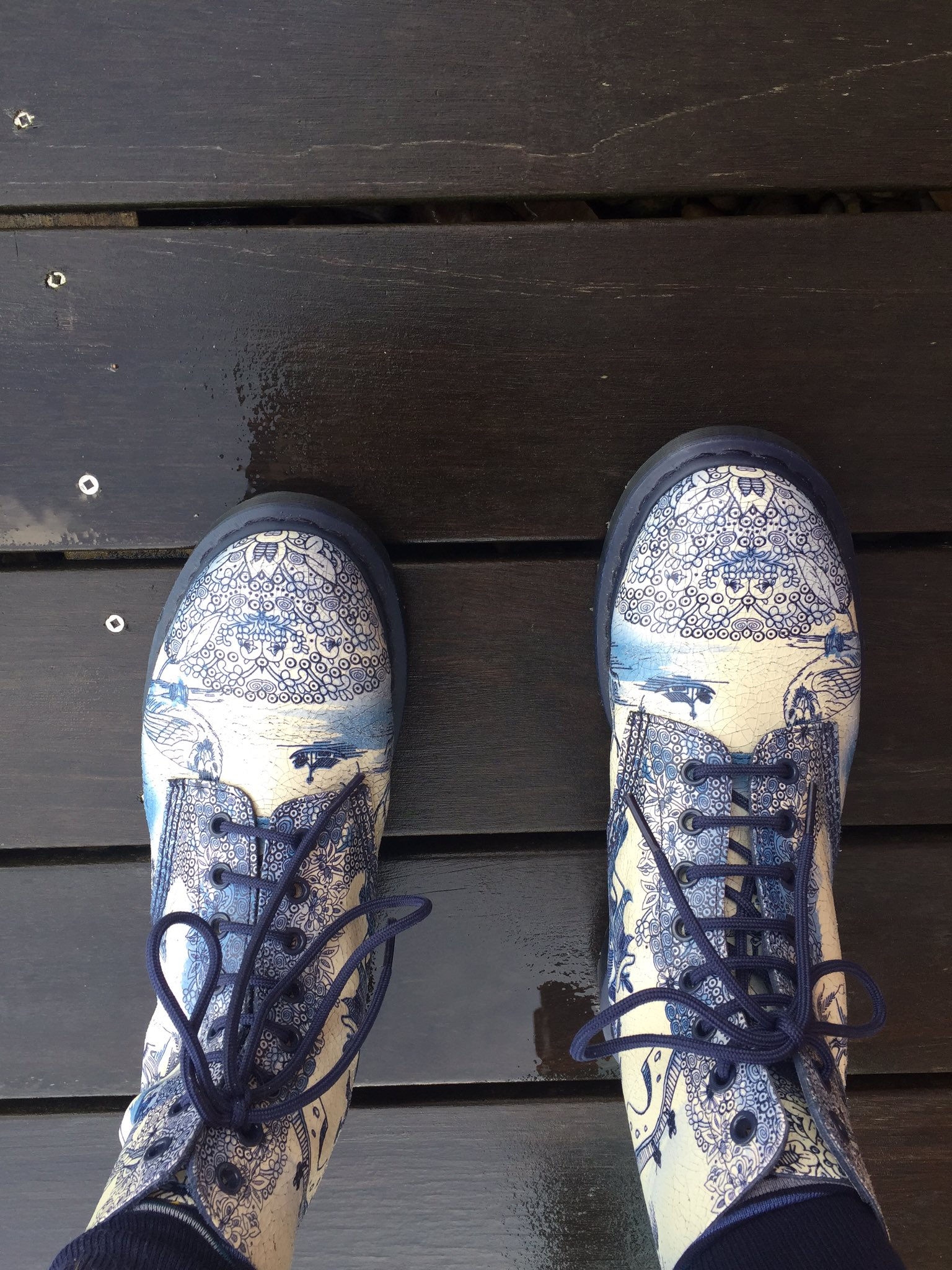 Shoe porn https://t.co/t0pSeOyOFe