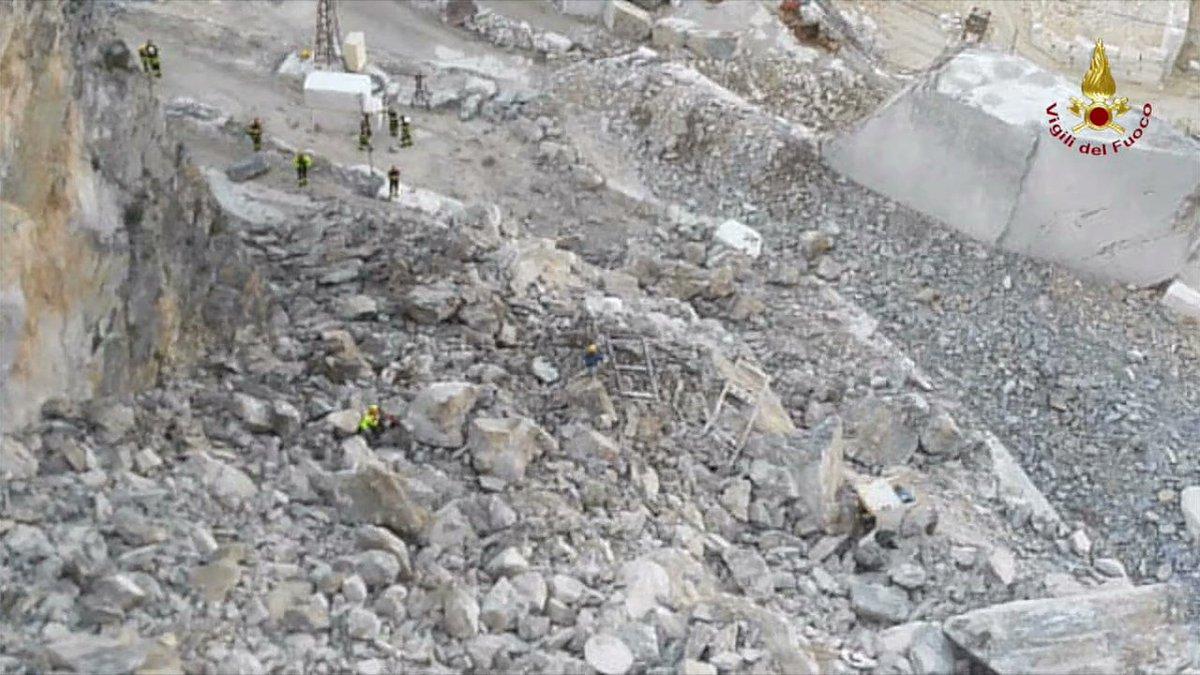 Aggiornamento Notizie da Carrara: Frana nella cava di Colonnata, ritrovati i corpi senza vita dei due cavatori dispersi
