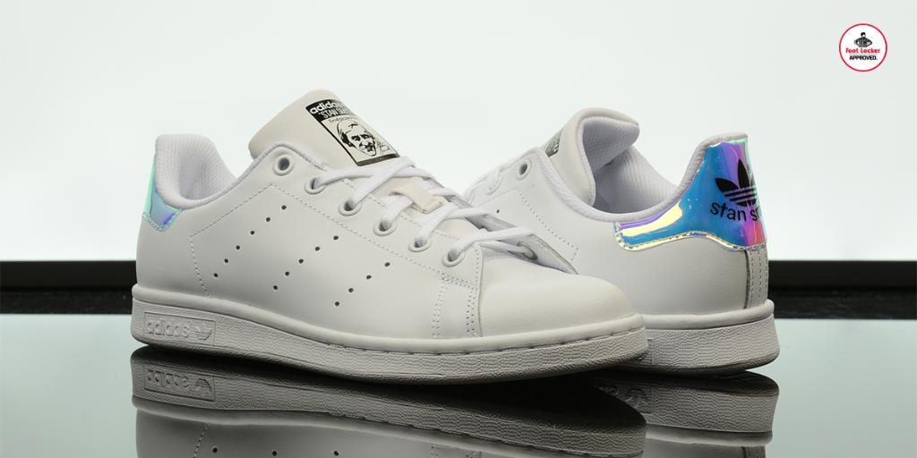 stan smith costo foot locker