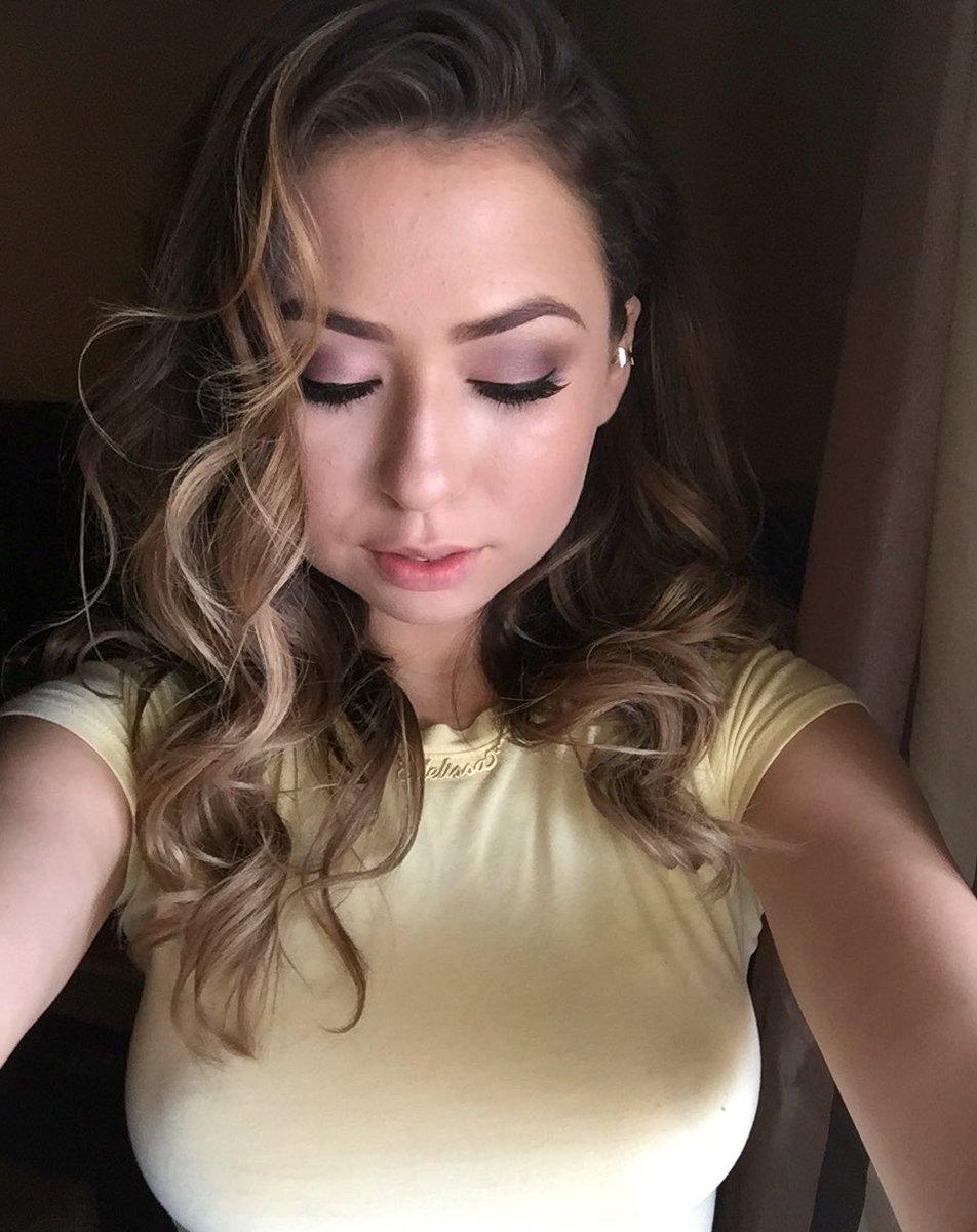 Melissa Moore Twitter