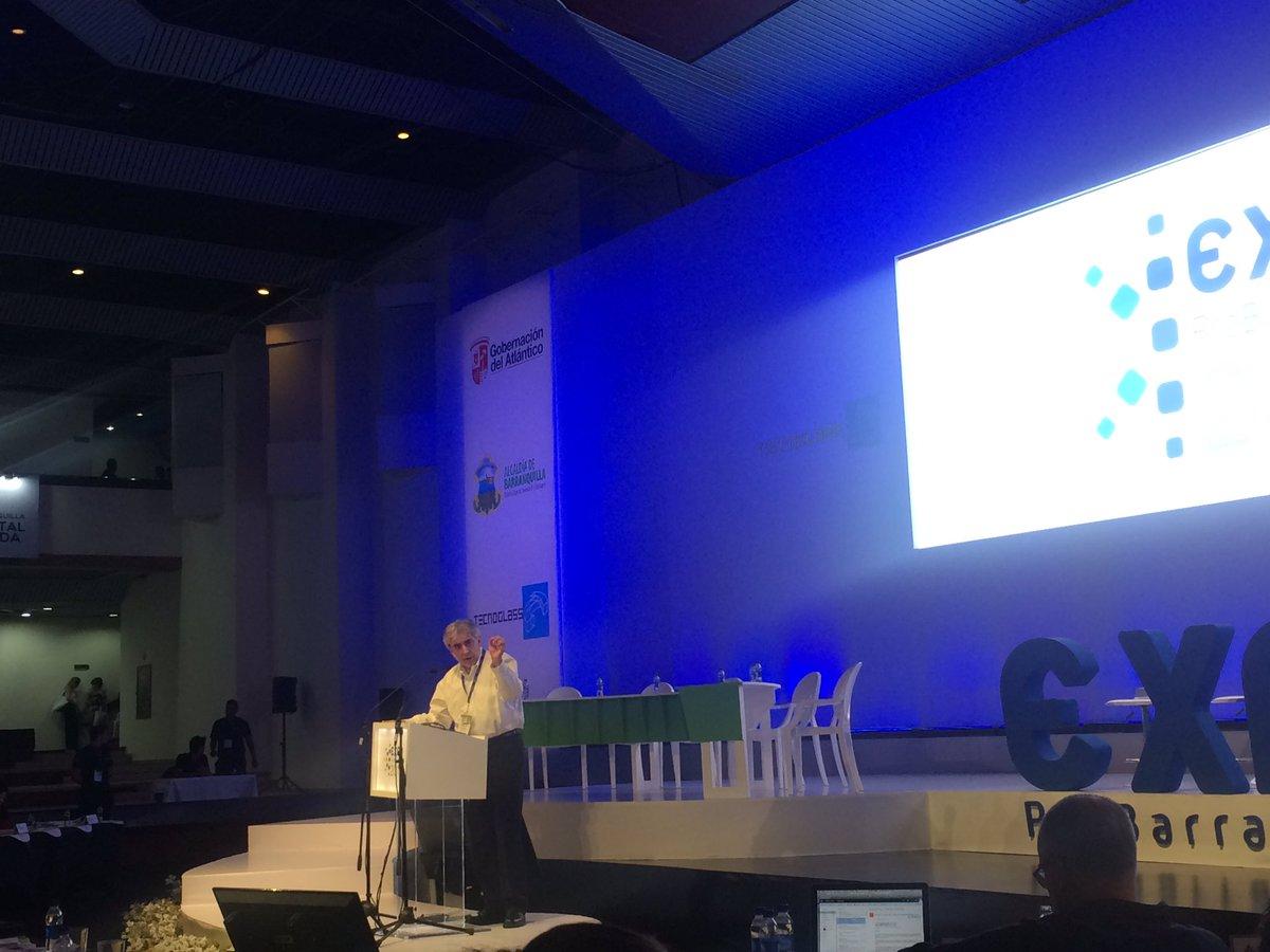 Duplicando la inversión pública en Colombia se podría llegar a 30mil USD de ingresos per cápita #ExpoProBarranquilla https://t.co/7SbXk9bJ82