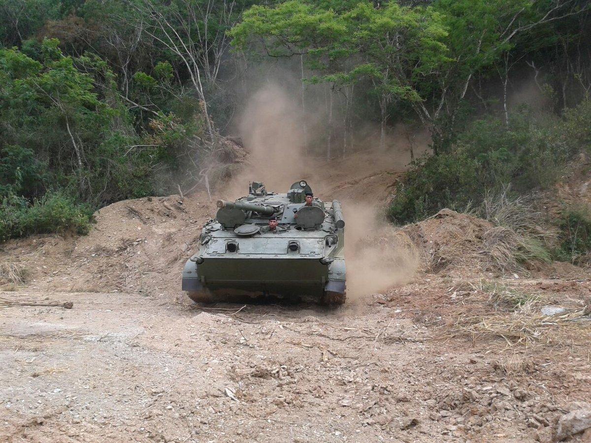 BMP-3 Vehículo militar de Infantería - Página 3 CgCw-oKXEAEt3AC