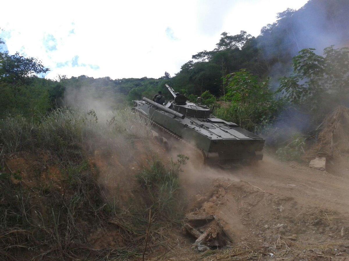 BMP-3 Vehículo militar de Infantería - Página 3 CgCwNb-WwAAzKOR