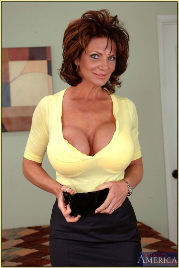 big island milf women Daily updated big tits picture gallery post big tits  from: divine breasts homemade from: abbi secraa average women from: divine breasts nude girl from.