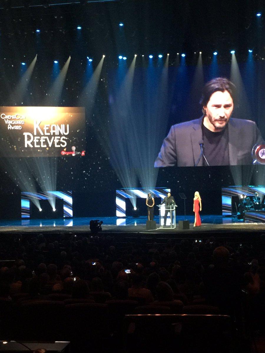 Keanu Reeves Twitter
