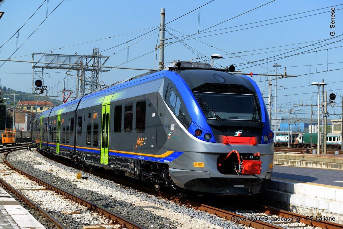 Oggi a #RomaTermini consegnato nuovo treno Jazz https://t.co/GHTNCUmA92  #Lazio https://t.co/KkbYT3Uep9
