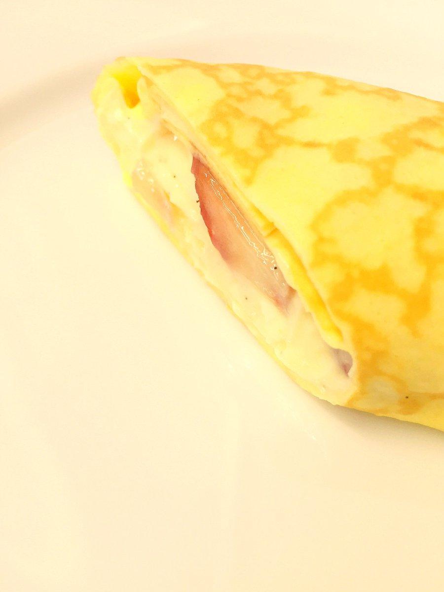 きょう #名古屋の仮住まい は「試食の日」。パティシエールの東桜(ひがしさくら)が拵えました #5月限りの品 を、ご帰宅くださいましたお嬢様、旦那様にお召し上がり頂いております。果たして、お口に合いますでしょうか…?