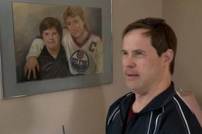 Great news! Joey Moss has been inducted into the Alberta Sports Hall of Fame! #Oilers #yeg https://t.co/mMlsDPi4Ls https://t.co/24fdmwcbE5