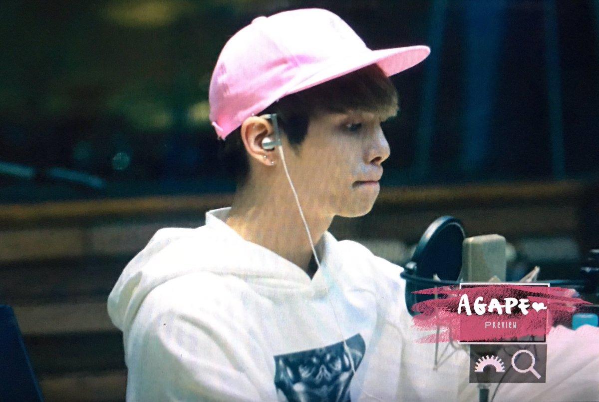 160415 Jonghyun @ MBC Blue Night CgF7zGoUEAA-6eZ