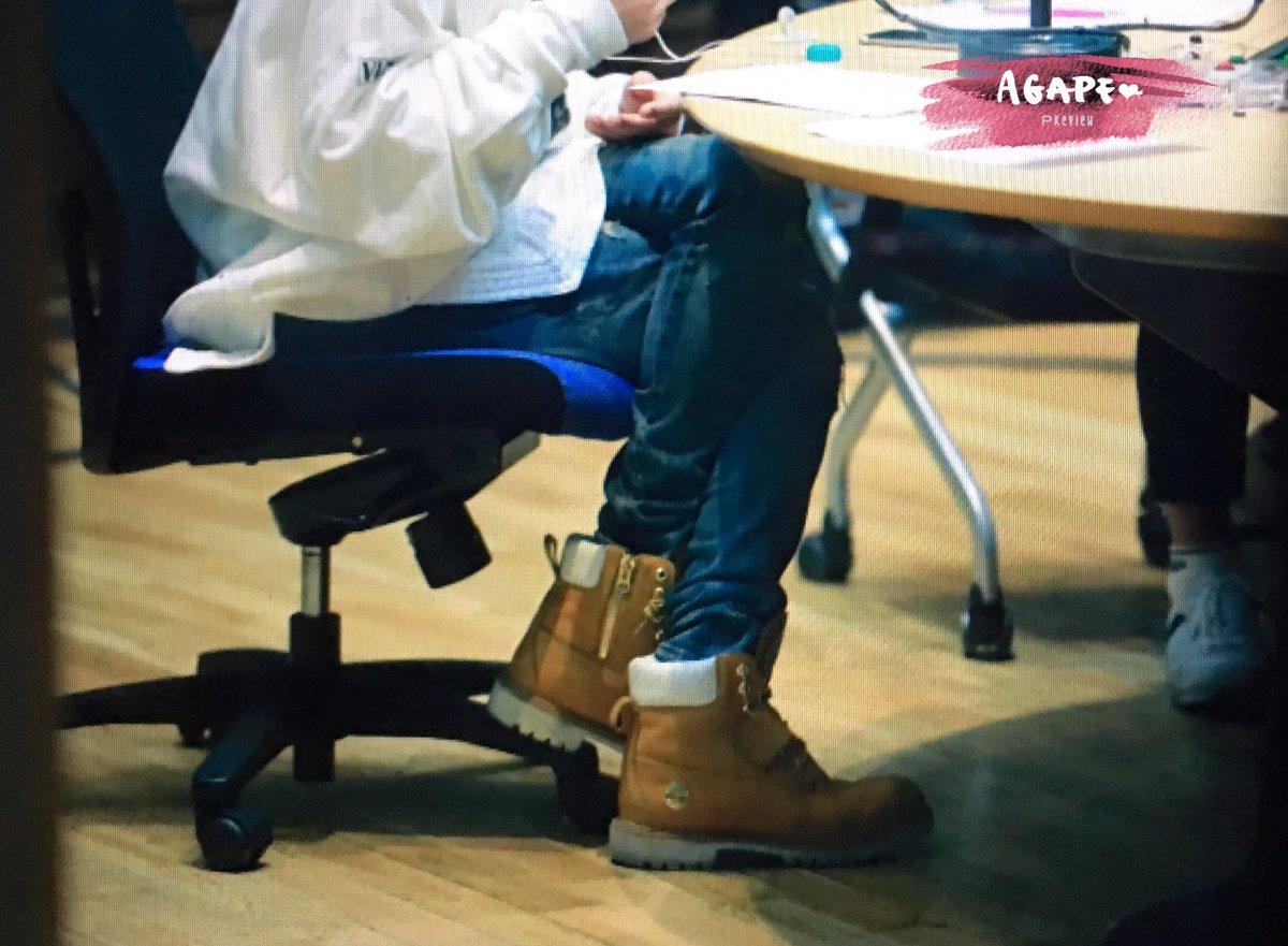 160415 Jonghyun @ MBC Blue Night CgF9Y64VIAAk_kT