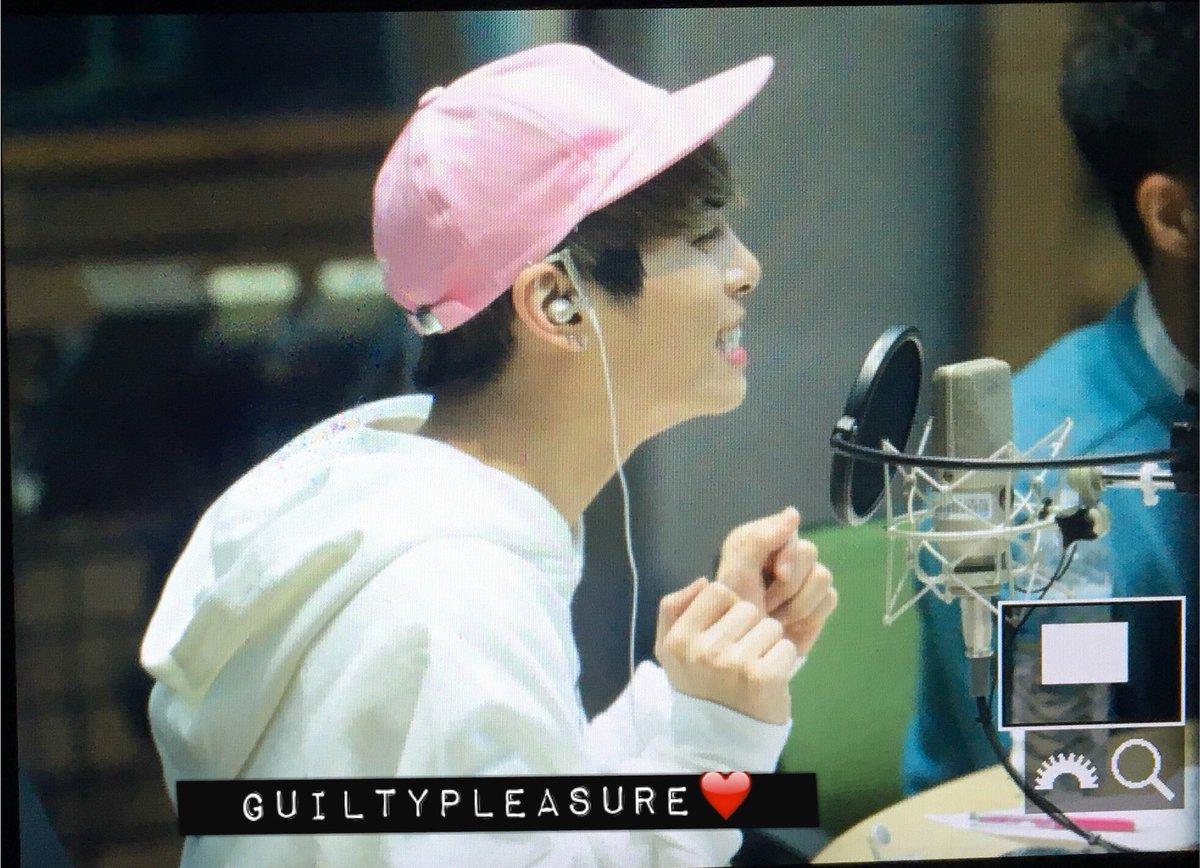 160415 Jonghyun @ MBC Blue Night CgF_1bGVAAAqfKM
