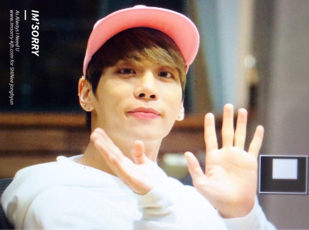160415 Jonghyun @ MBC Blue Night CgGF5q6UsAEQ4PC