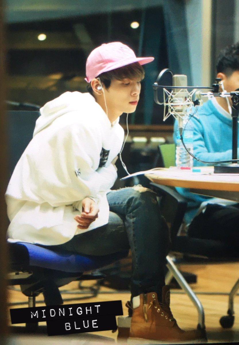 160415 Jonghyun @ MBC Blue Night CgGFMDeUUAA5I7f