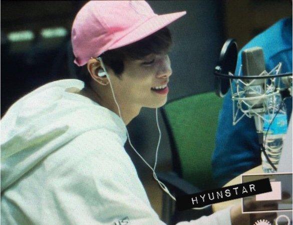 160415 Jonghyun @ MBC Blue Night CgGGf4BUYAA4IAn