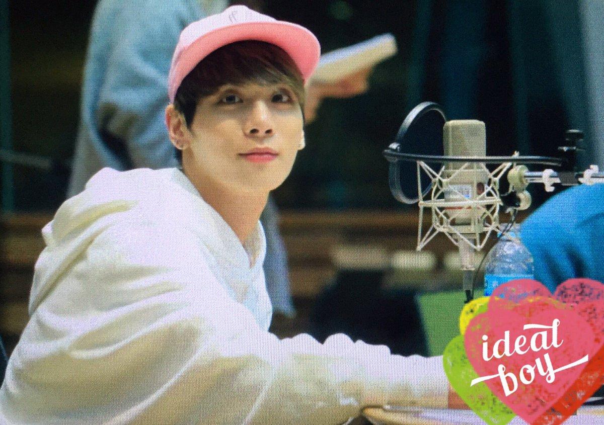 160415 Jonghyun @ MBC Blue Night CgGGl03UkAAUqUE