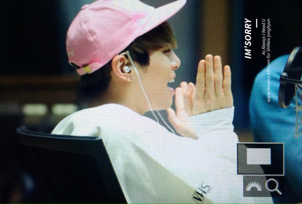 160415 Jonghyun @ MBC Blue Night CgGVAWxVAAAEyCR