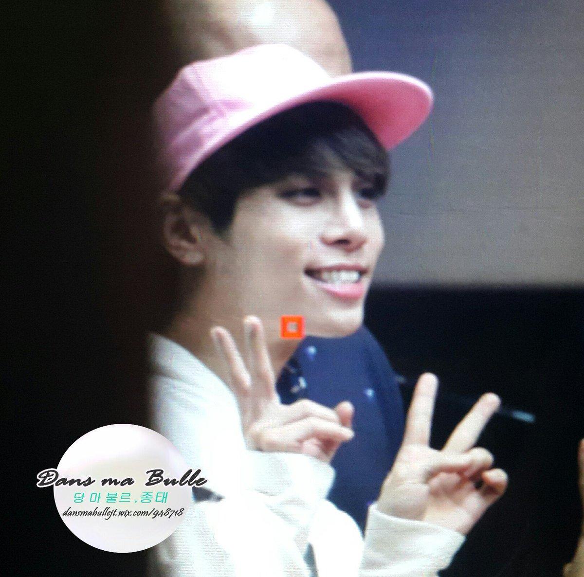 160415 Jonghyun @ MBC Blue Night CgGZrEsUkAEHj3h