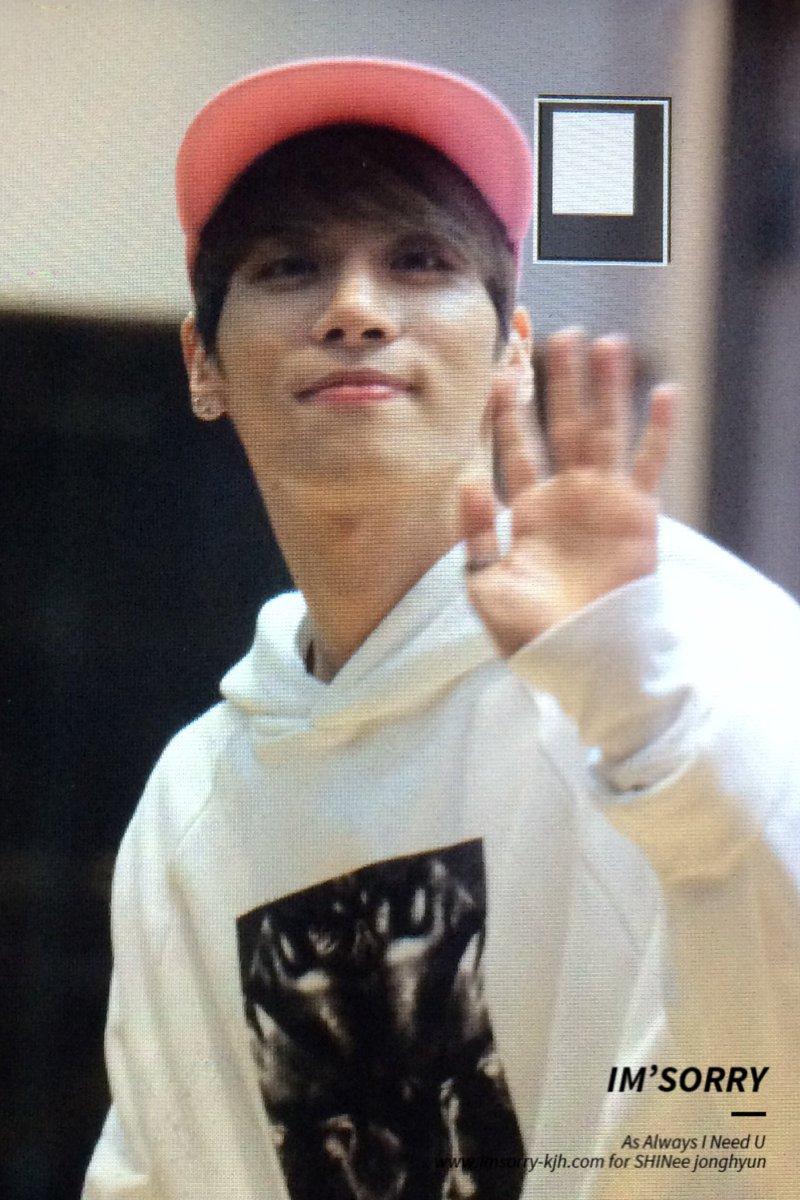 160415 Jonghyun @ MBC Blue Night CgGcZa0UsAEqivC