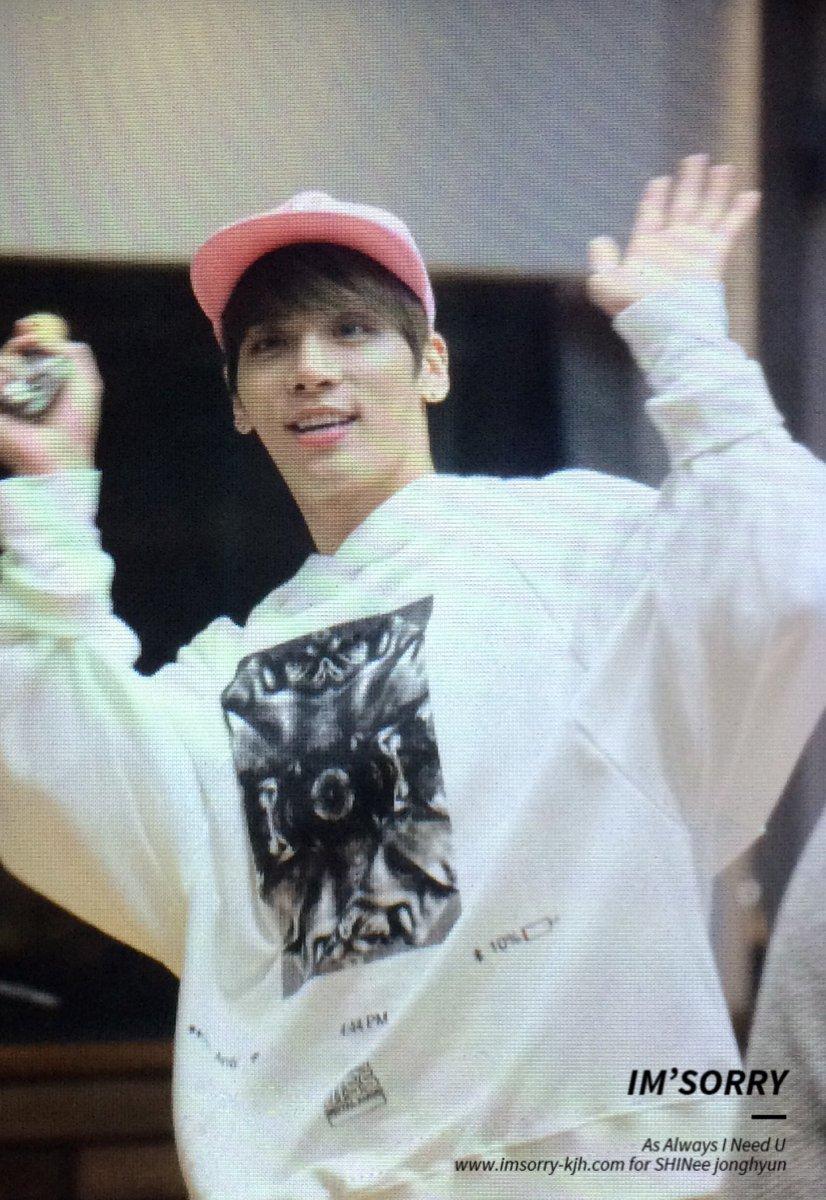 160415 Jonghyun @ MBC Blue Night CgGcZaQUsAEKizn