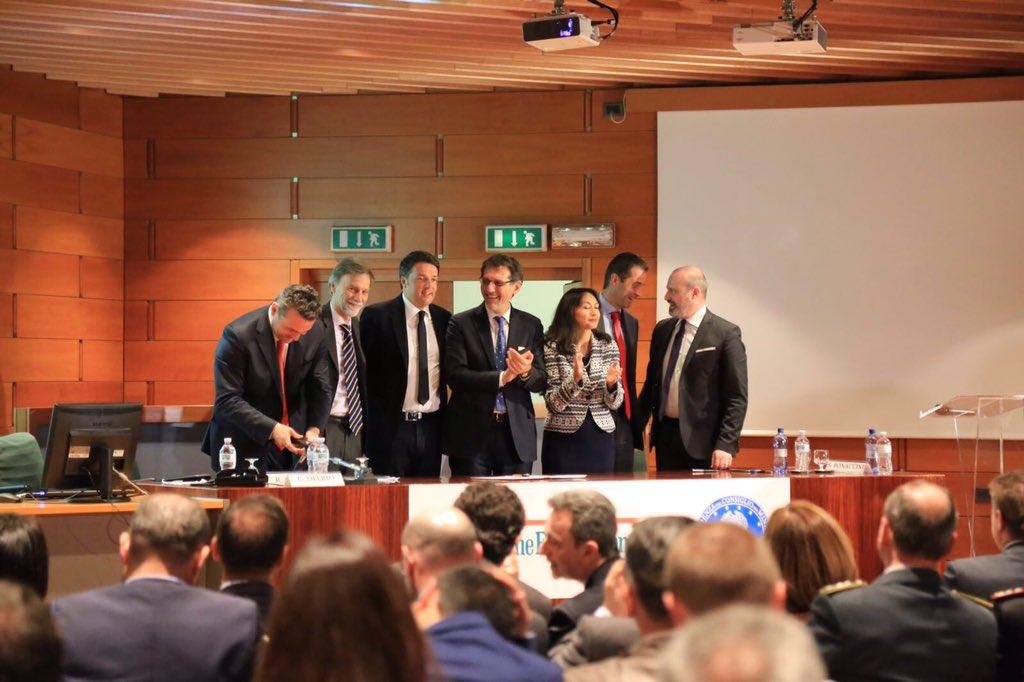 Dopo 15 anni di discussioni, abbiamo la firma: il Passante di Bologna Metropolitana diventa realtà. https://t.co/7l0tKtvNoH