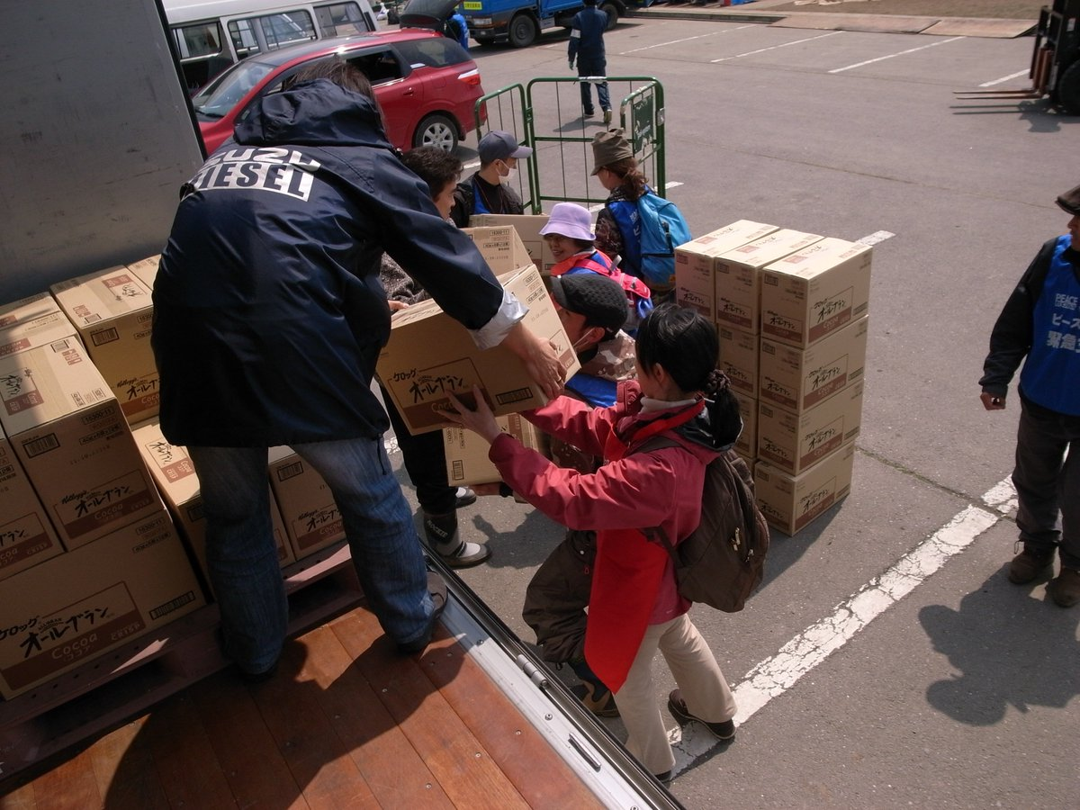 3.11の食の支援の経験から、熊本地震の食の支援に必要と感じたことを10か条にまとめました。10 Tips of Support for the Kumamoto Earthquake https://t.co/Mf7V5M3zhI https://t.co/GxnCiXpZzc