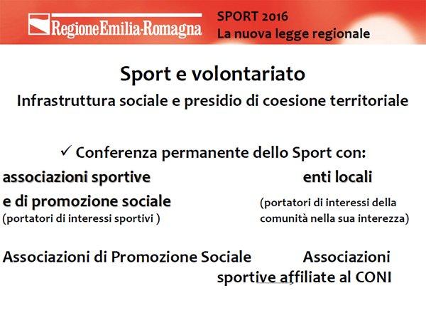 .@andrearossi76: terza parola chiave di #sporter è volontariato che svolge un ruolo importantissimo https://t.co/nR5sK3QSUj
