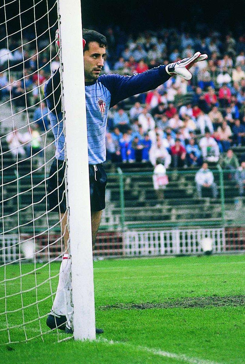 As Historia On Twitter El Portero Del Realsporting Juan Carlos