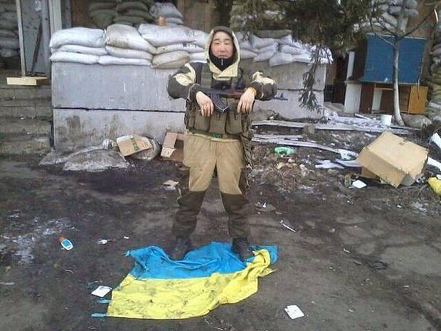 При подрыве боекомплекта в Первомайском уничтожены шестеро российских военных, - ГУР Минобороны - Цензор.НЕТ 8833