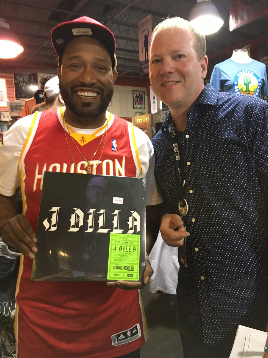 H-Town ambassador & rap legend @BunBTrillOG supporting us on @recordstoreday! #cactusrsd16 #JDilla https://t.co/2FTftv7bCk